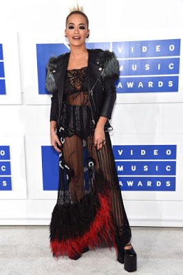 Photo of MTV VIDEO MUSIC AWARDS: Rita Ora sadly made the worst dressed list with this see-through ensemble