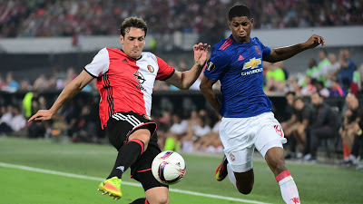 Photo of Manchester United lose opening Europa League tie to Feyenoord
