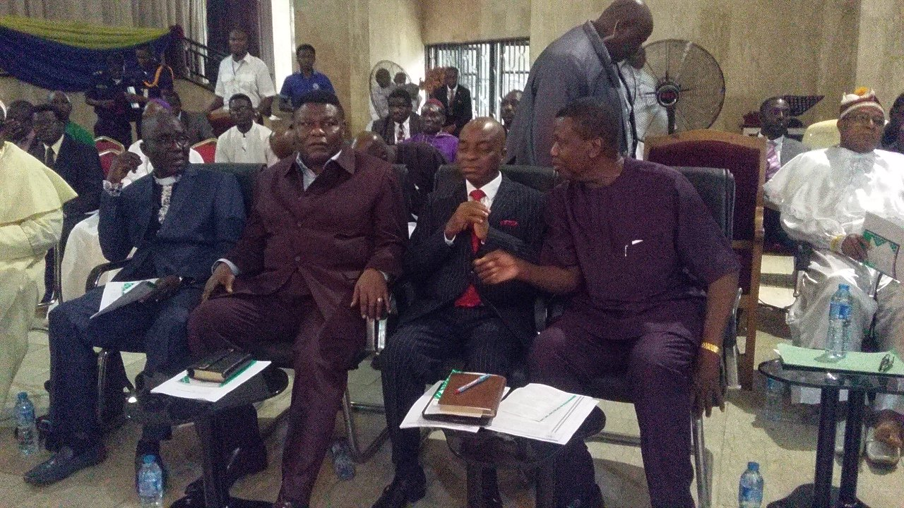 Photo of Muslim group attacks Adeboye, Oyedepo, CAN for telling Nigeria government to exit Islamic bodies