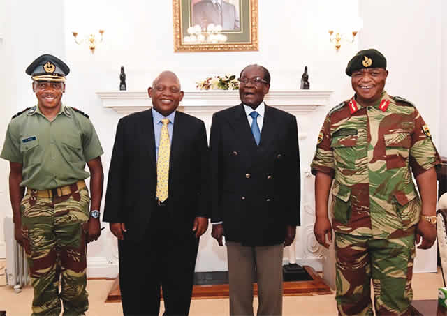 Photo of ZIMBABWE: Robert Mugabe resists military pressure to resign
