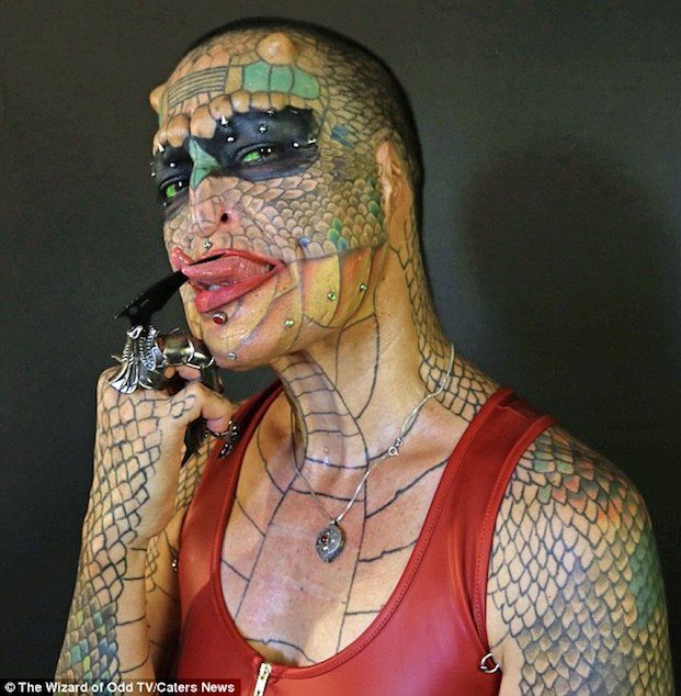 Photo of Photos: Transgender woman spends thousands of Dollars to look like a dragon