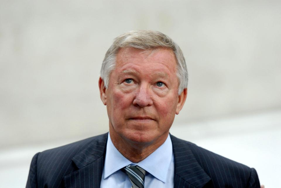 Photo of Sir Alex Ferguson's first words to his family after brain surgery revealed: 'How did Doncaster get on?'