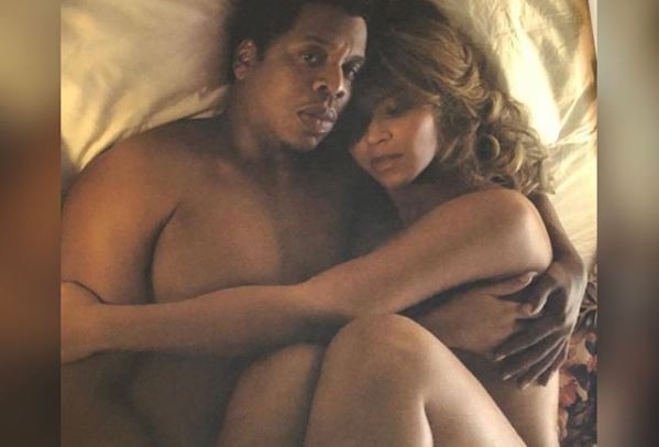 Photo of Jay-Z and Beyonce go completely naked in another racy bedroom photo. 18+