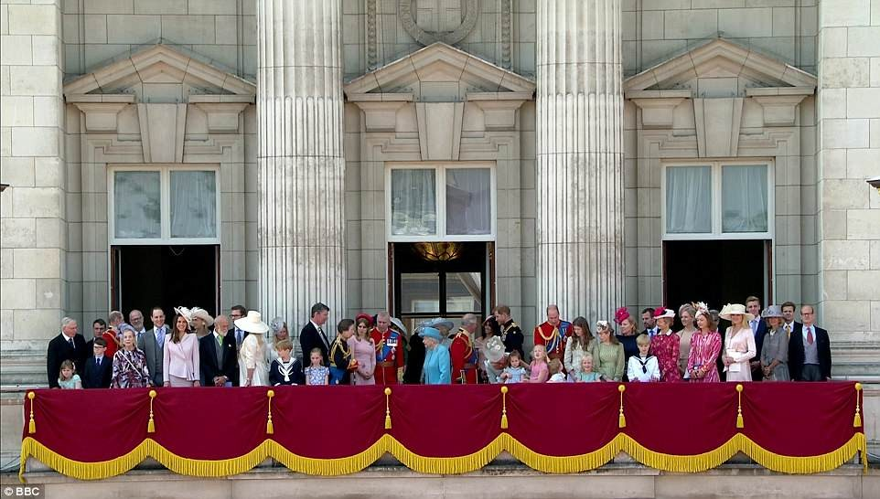 Photo of Meghan makes her first balcony appearance at Buckingham Palace as she joins the Queen to celebrate her official 92nd birthday (Photos)