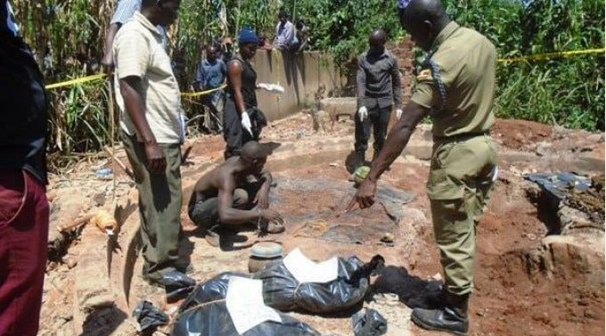 Photo of Four witch doctors arrested with pots of human blood and body parts (Photos)
