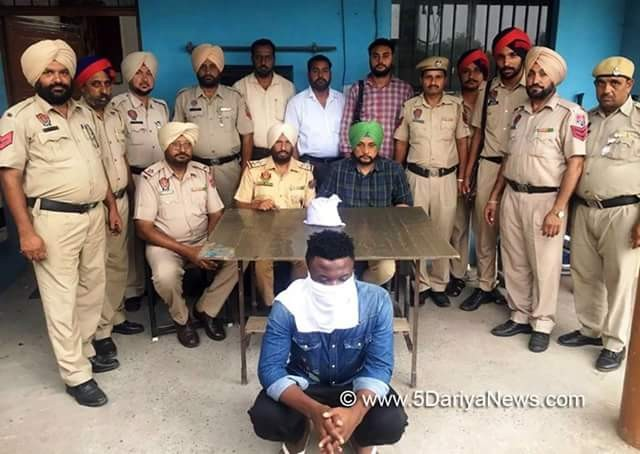 Photo of Nigerian drug smuggler arrested in India with heroin