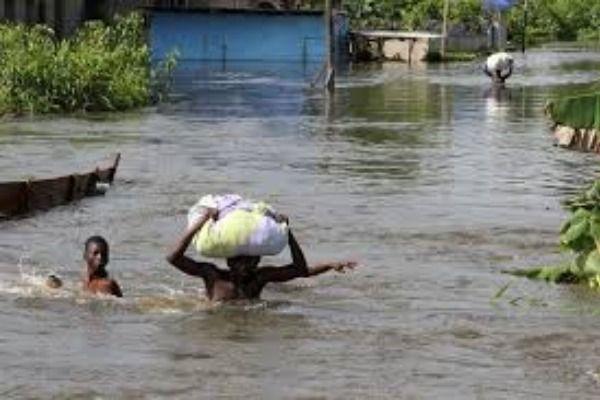 Flood sweeps away final year student of Adekunle Ajasin University in Ondo State