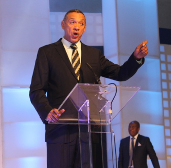 Photo of Ben Bruce calls for sack of Minister of Health following his comment on Nigerian medical graduates
