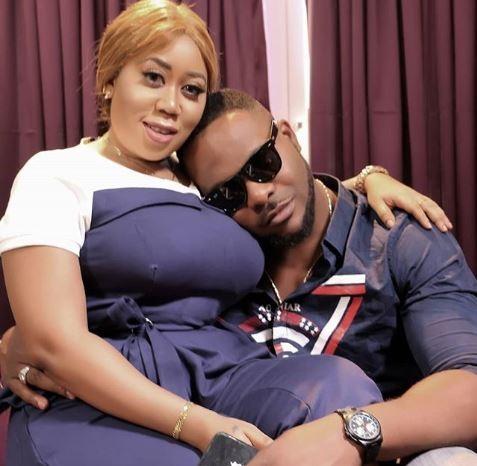 Photo of Viral photo shows actor, Ninalowo resting his head on Moyo Lawal's boobs