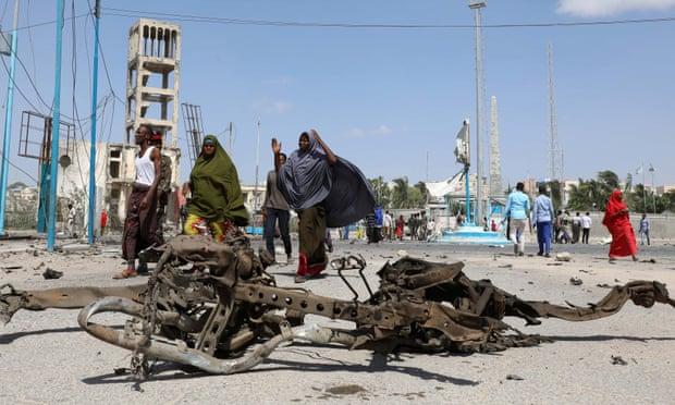 Al-Shabaab car bomb kills at least 16 in Mogadishu