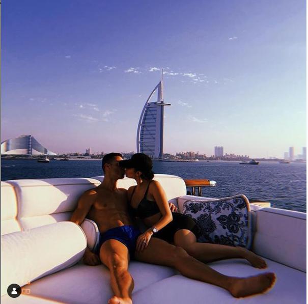 Cristiano Ronaldo kissing Georgina