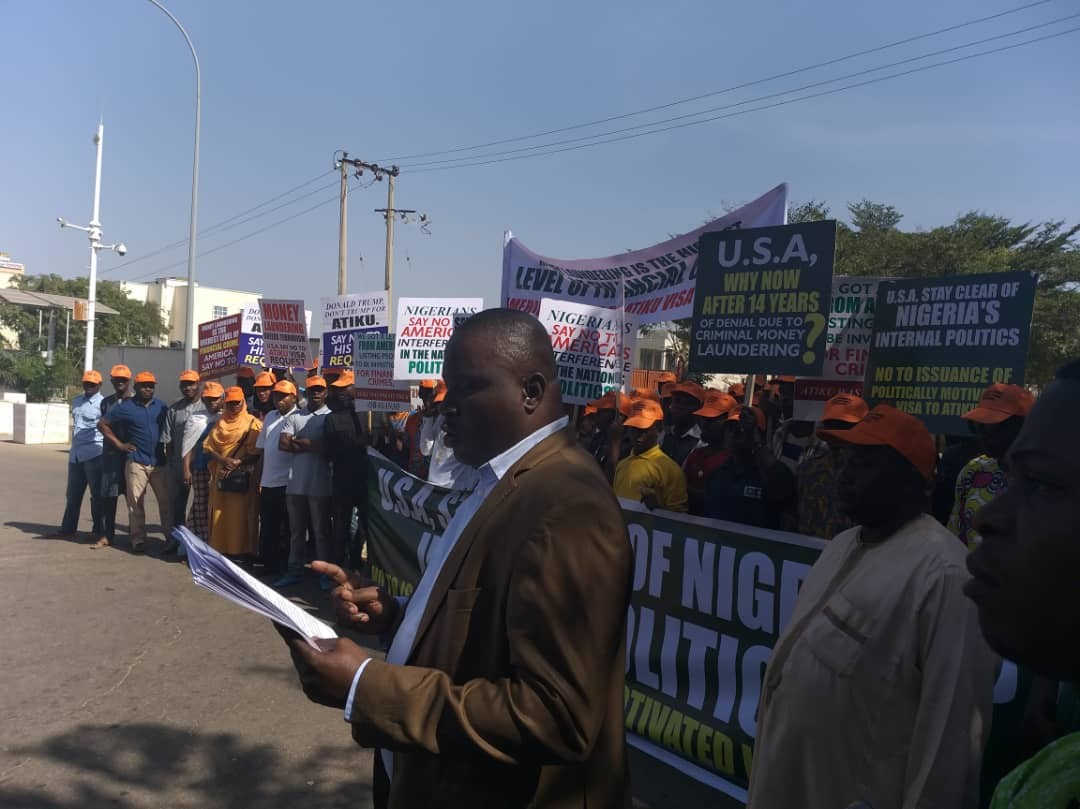 Protesters storm US embassy in Abuja, demand Atiku's visa application be rejected