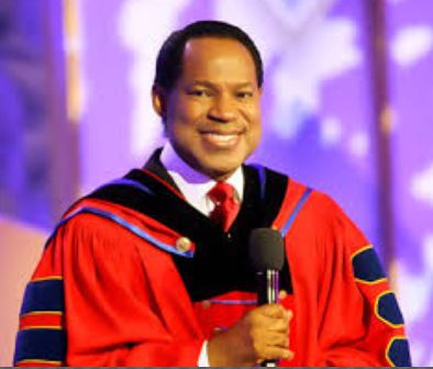 Pastor Chris Oyakhilome says wearing face mask is an embarrassment to science
