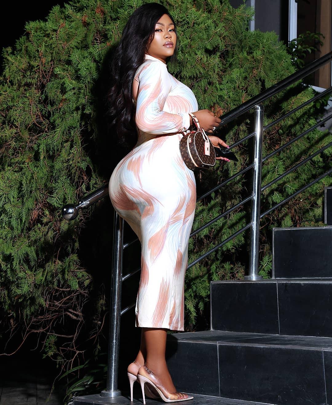 Daniella Okeke Massive Backside