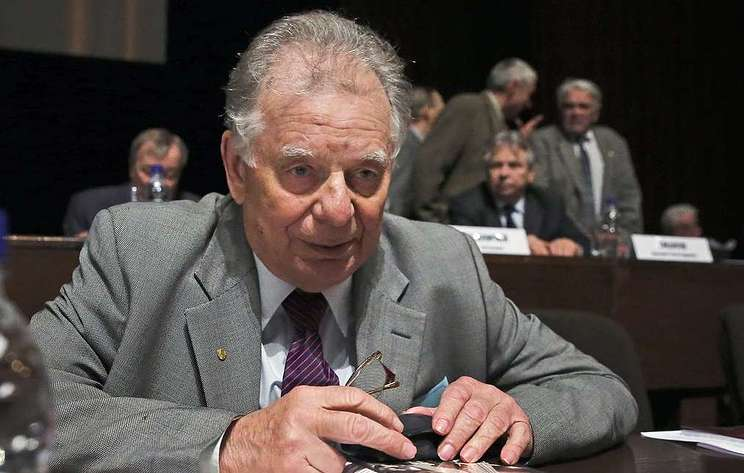 Photo of Nobel Laureate Zhores Alferov has died at age 88