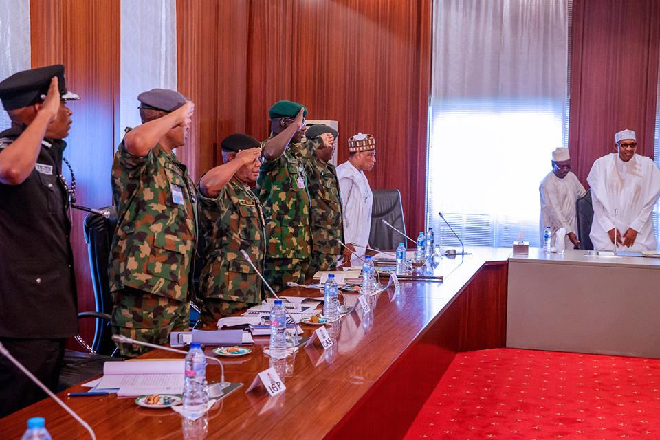 Photo of President Buhari in closed door meeting with service chiefs