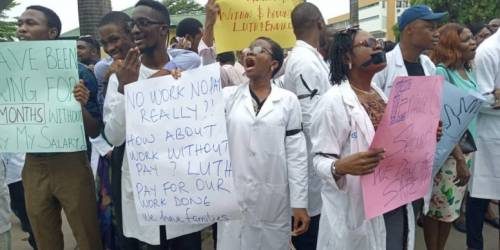 Doctors issue 14-days ultimatum to Buhari govt