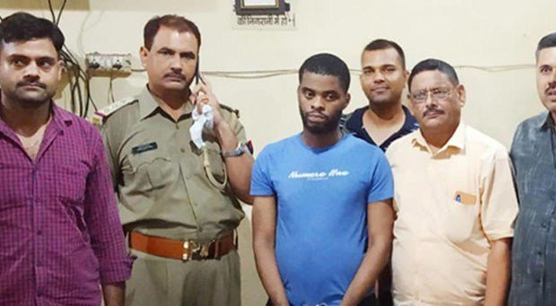 Indian Police bust international cyber fraud gang