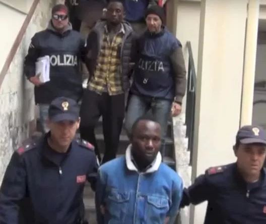Photo of Police arrest 19 suspected members of a Nigerian mob in major crackdown in Italy
