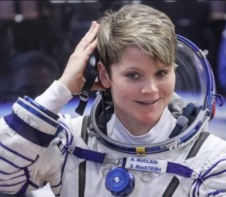 Photo of American astronaut, Anne McClain accused of hacking her spouse's bank account from space