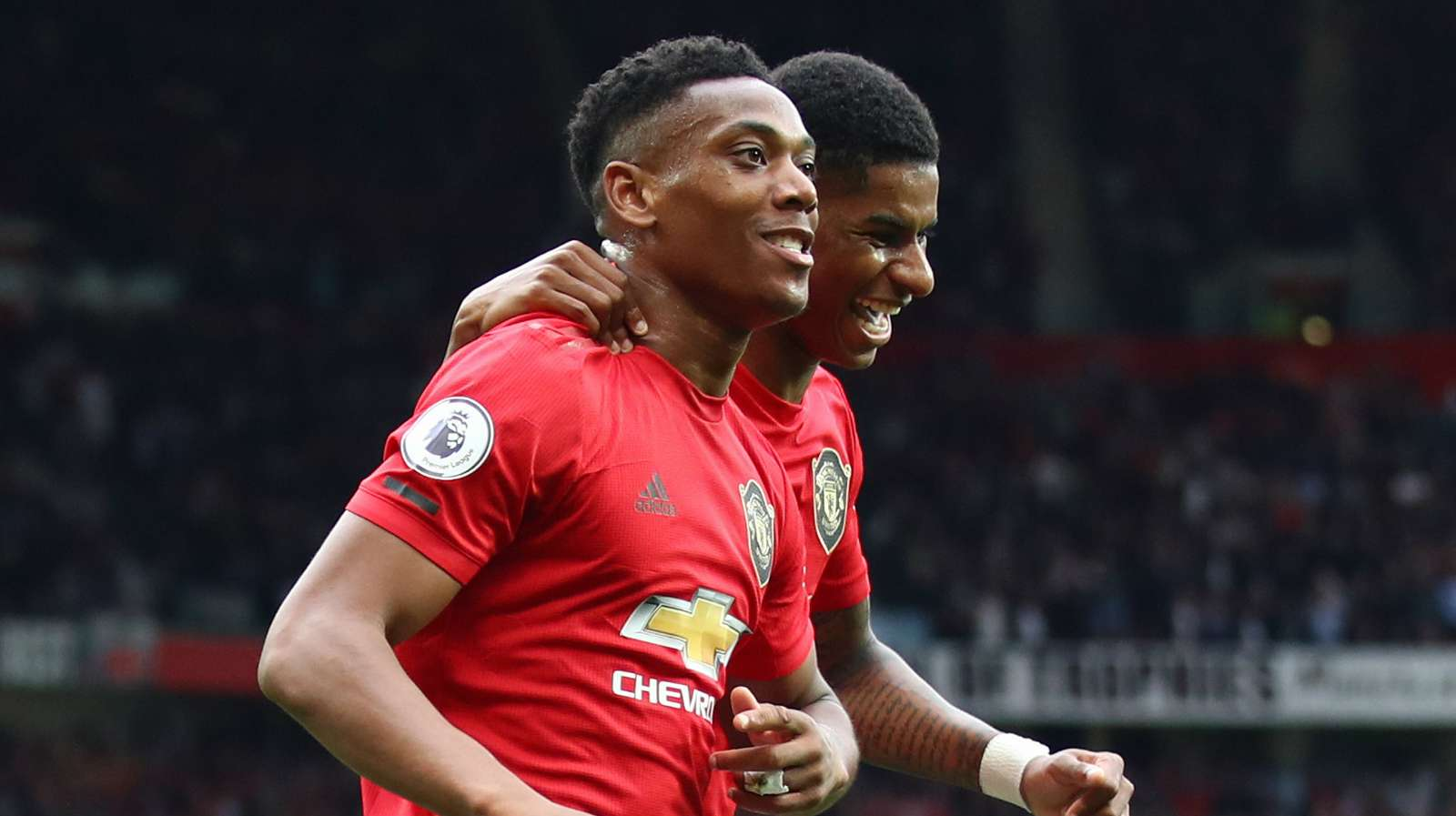 Photo of Man United 4-0 Chelsea: Rashford and Martial silence Lukaku doubters