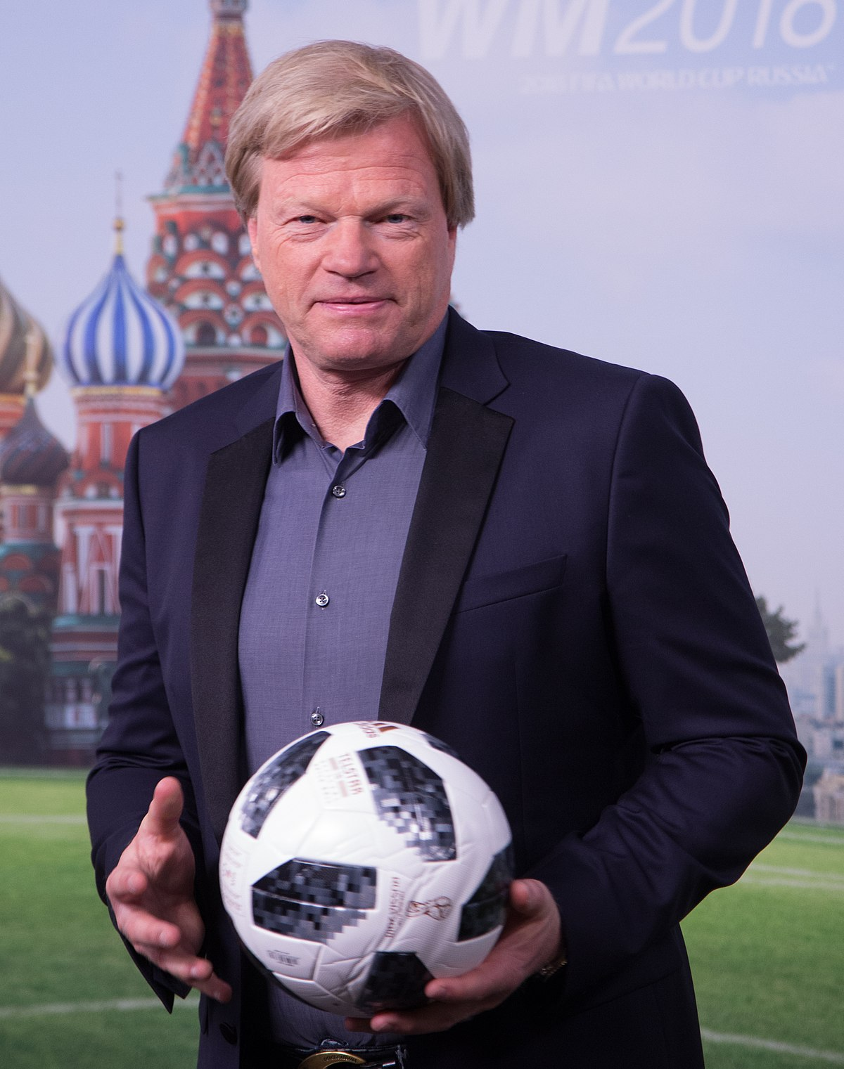 Photo of Oliver Kahn named as next Bayern Munich CEO