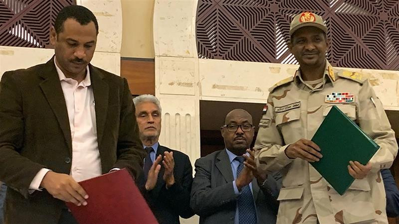 Photo of Sudan: Opposition coalition and military council sign accord on transitional government