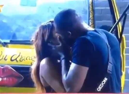 Gedoni and Khafi share a passionate kiss