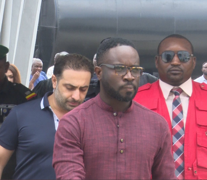 Photo of Court remands Mompha's accomplices, Kayode Phillip and Hamza Koudeih in prison custody