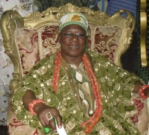 Photo of Oba Fatai Irawo of 'Odi-Olowo' is dead