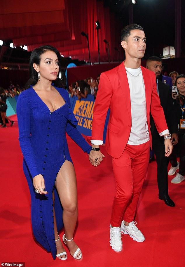 Georgina Rodriguez wows in blue dress