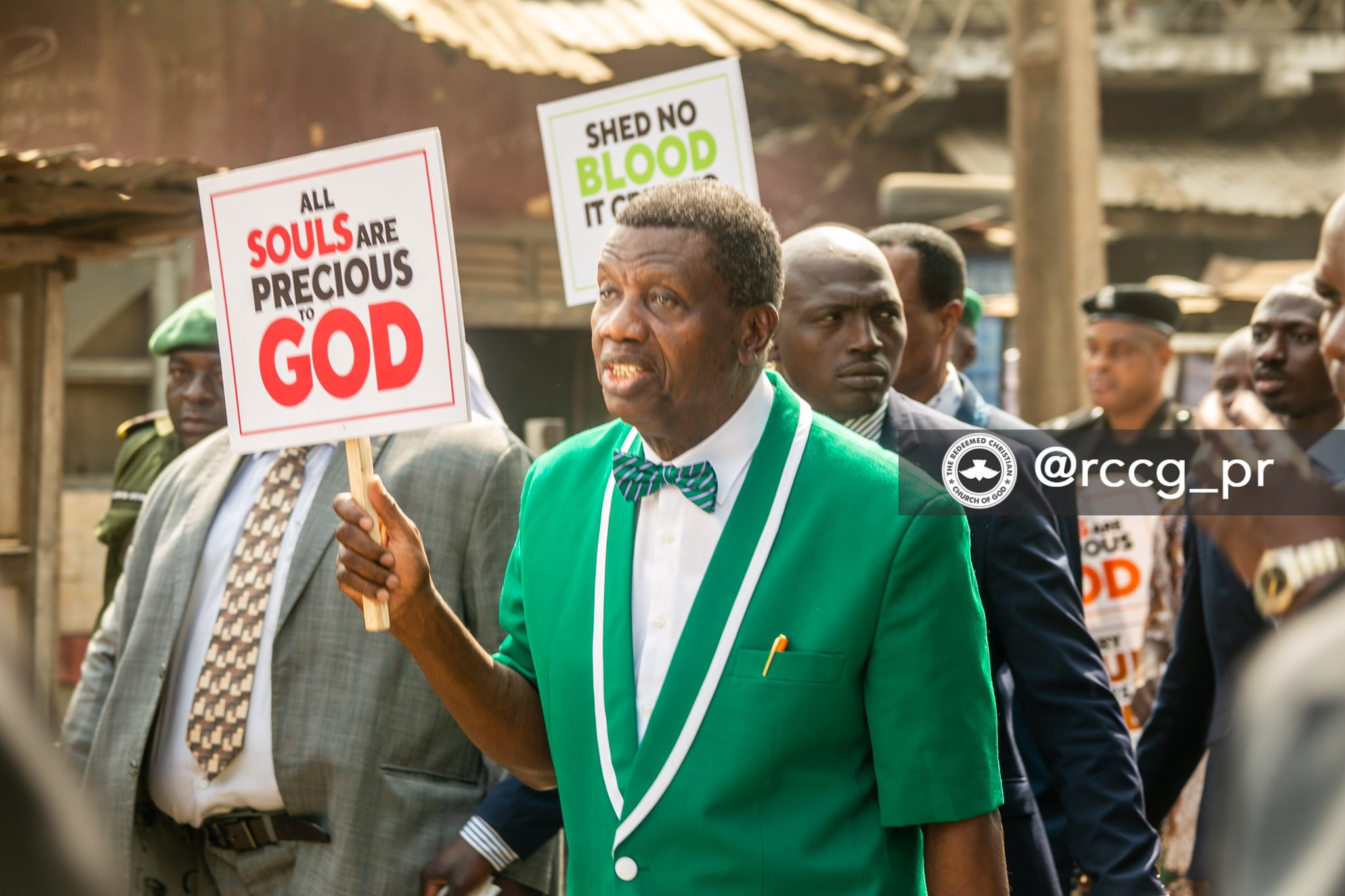 Photo of Pastor Adeboye leads protest against killing of Christians, insecurity in Nigeria