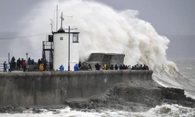 Britain hit by hurricane-force winds, 'life-threatening' floods