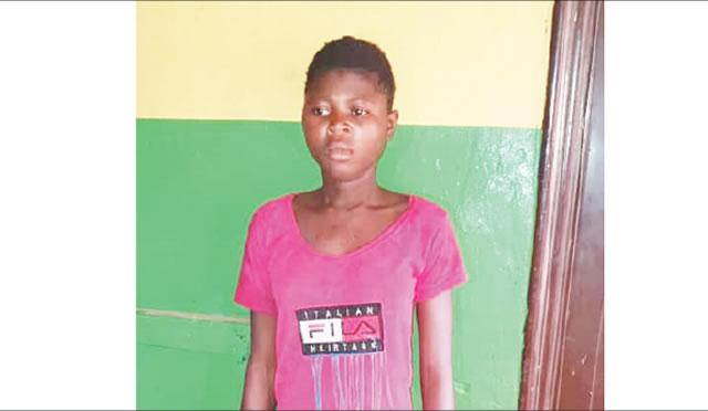 Photo of Teenage girl stabs boyfriend to death over N3,000 in Ogun state