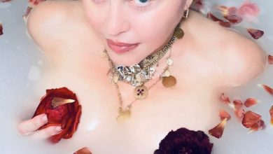 Photo of Coronavirus is 'the great equalizer,' Madonna tells fans from her bathtub