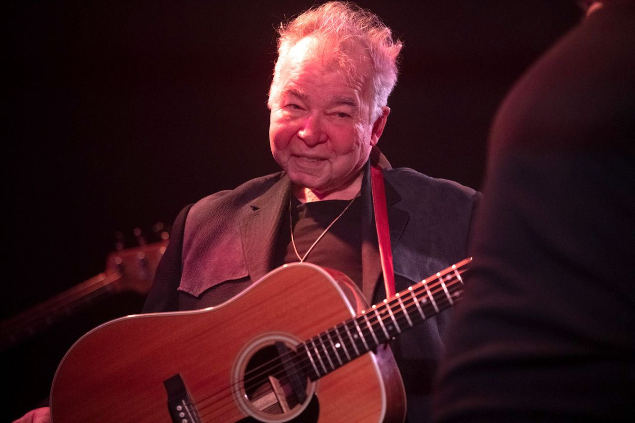 Photo of Legendary singer John Prine dead at 73 due to coronavirus complications