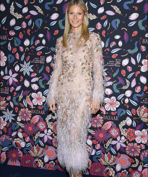 Photo of Actress Gwyneth Paltrow advises her fans on the best vibrators to use during Coronavirus lockdown