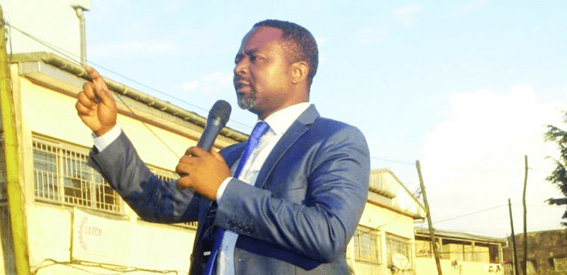 Photo of Pastor who laid hands on COVID-19 patients dies of virus