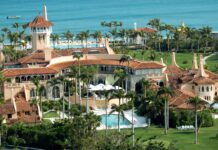 Three 15-year-old boys arrested after jumping the fence of Donald Trumps' Mar-A-Lago estate with a loaded AK-47